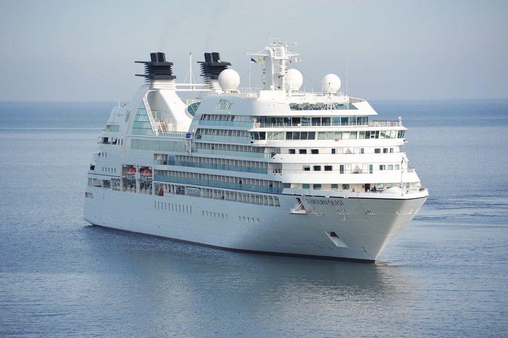 cruise, ship, ocean-1578528.jpg